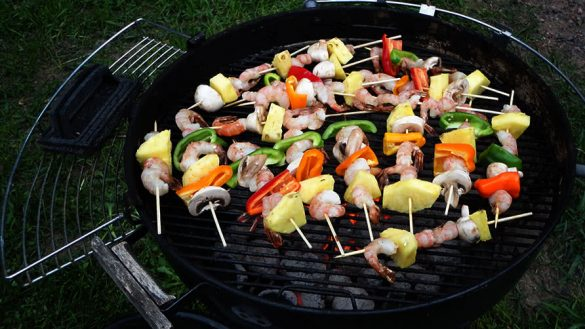 vegetable skewers with meat